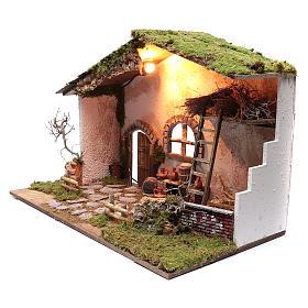 Cabane pour crèche 50x75x45 cm éclairage escalier et tonneaux s2