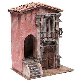 Casa presepe con scalinata 35x30x20 cm s3