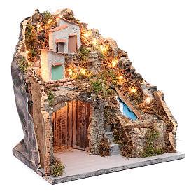 Ambientazione presepe napoletano capanna sotto gruppo di case e cascata s3