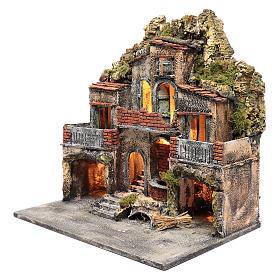 Borgo con due capanne 50x50x35 cm con fontana e luce presepe Napoli s2