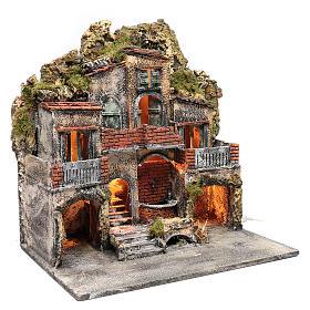 Borgo con due capanne 50x50x35 cm con fontana e luce presepe Napoli s3