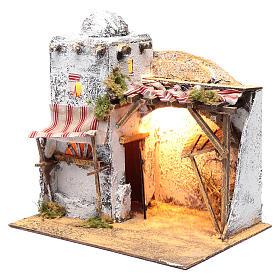 Neapolitan nativity scene Arabian setting 30x30x20 cm with curtain and trough s2