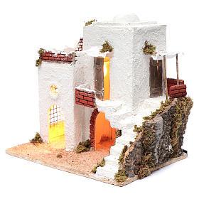 Casa araba bianca con scala e capanna 35x35x25 cm presepe di Napoli s2