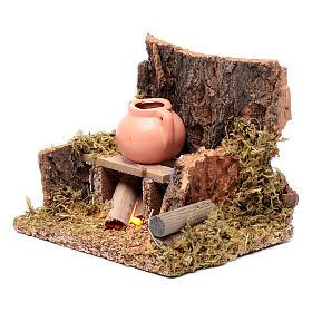 Ambientazione brocca su fuoco tremolante led 10x10x10 cm presepe s2