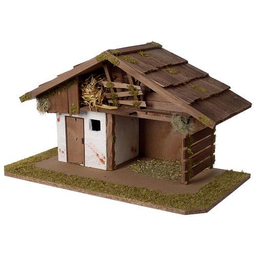 Stalla Presepe d'ispirazione nordica in legno 30x55x30cm per statuette da 10-12 cm 2