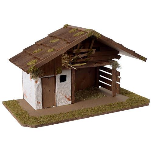 Stalla Presepe d'ispirazione nordica in legno 30x55x30cm per statuette da 10-12 cm 3