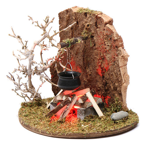 Fuego y olla de campamento para belén 10-12 cm de altura media madera llama iluminada 3,5-4,5V 2