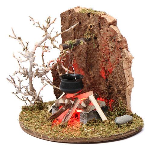 Feu de camp avec casserole pour crèche 10-12 cm bois flamme éclairée 3,5-4,5 V 2