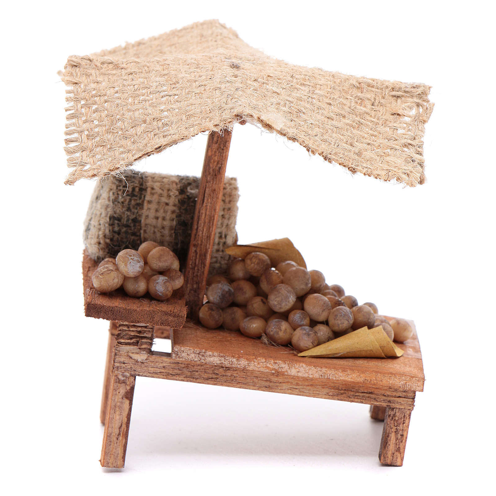 Stall with potatoes for DIY nativities 4