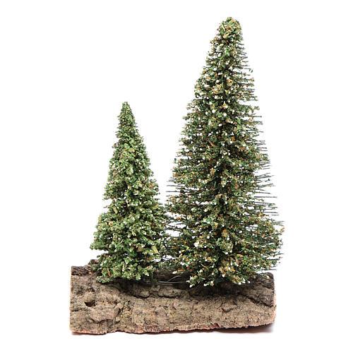 Dos pinos sobre roca para belén 10x5x10 cm 1