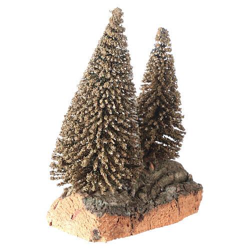 Due pini sulla roccia per presepe 10x5x10 cm 3