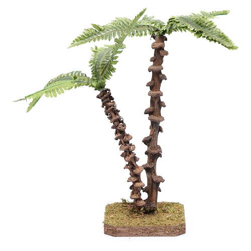Palma doppia con fusto lavorato e foglie verdi modellabili 3