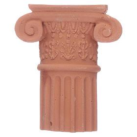 Semi-capitel de terracota s1