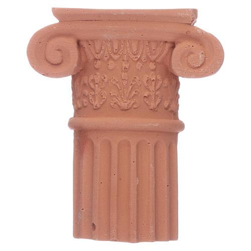 Semi-capitel de terracota 1