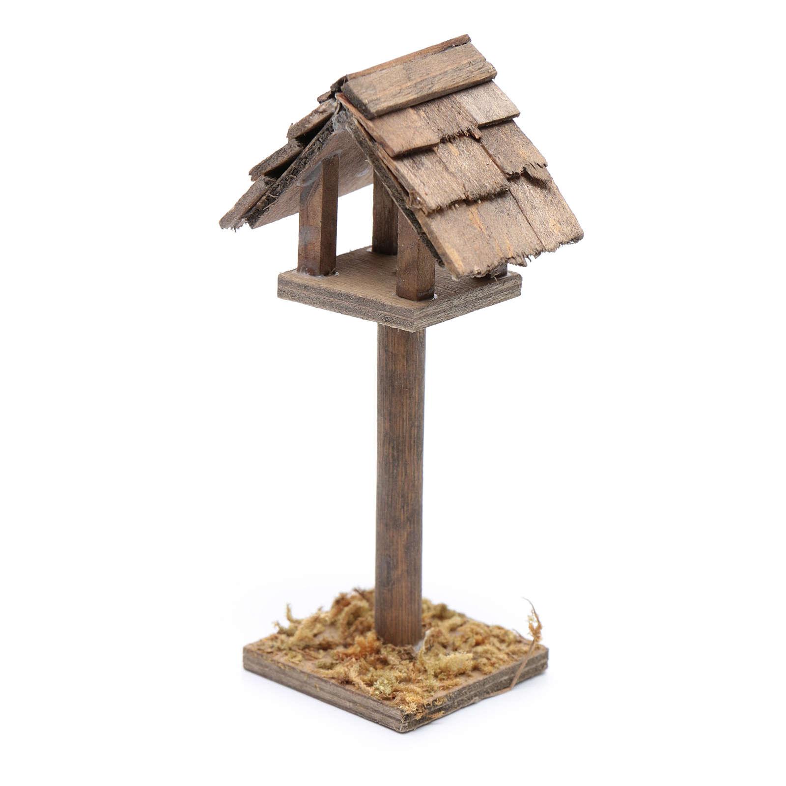 Standing birdhouse for nativity scene 3