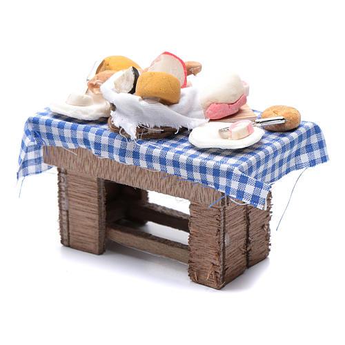Mesa con quesos y carne 10x10x5 cm pesebre napolitano 2
