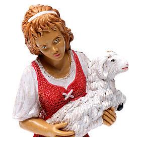 Donna con pecora in braccio 30 cm s2