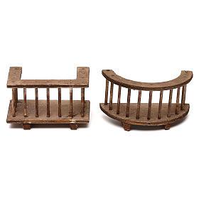 Due modelli di balcone in legno presepe napoletano 8 cm s1