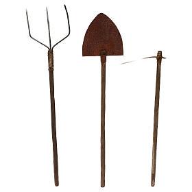 Attrezzi da lavoro tre modelli presepe napoletano cm 22 metallo e legno s1