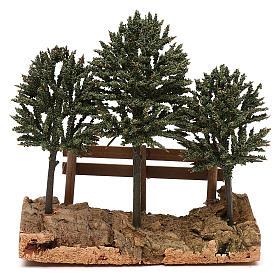 Alberi su roccia con steccato per presepe 8 cm s1