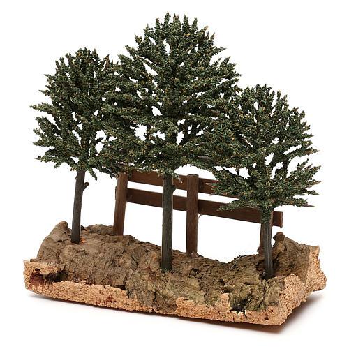 Alberi su roccia con steccato per presepe 8 cm 2