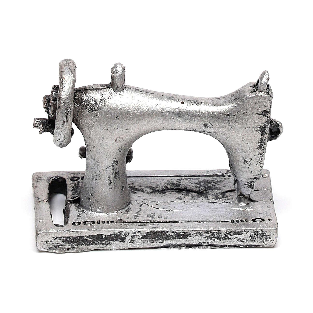 Máquina de costura 3x4x2 cm para presépio com figuras de 14-16 cm de altura média 4
