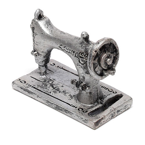 Máquina de costura 3x4x2 cm para presépio com figuras de 14-16 cm de altura média 3