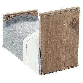 Cama con manta y sábana de tela para belenes 15 cm s4