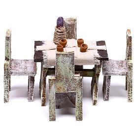 Mesa com 4 cadeiras 5x5x5 cm para presépio com figuras de 12 cm de altura média s1