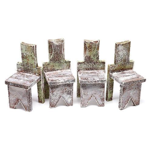 Mesa com 4 cadeiras 5x5x5 cm para presépio com figuras de 12 cm de altura média 3
