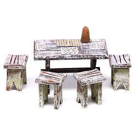 Acessórios de Casa para Presépio: Mesa tômbola e tamboretes 5x5x5 cm para presépio com figuras de 10 cm de altura média