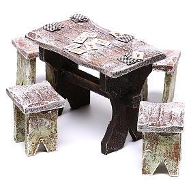 Mesa con cartas y 4 taburetes de 5x5x5 cm para belén de 12 cm s2