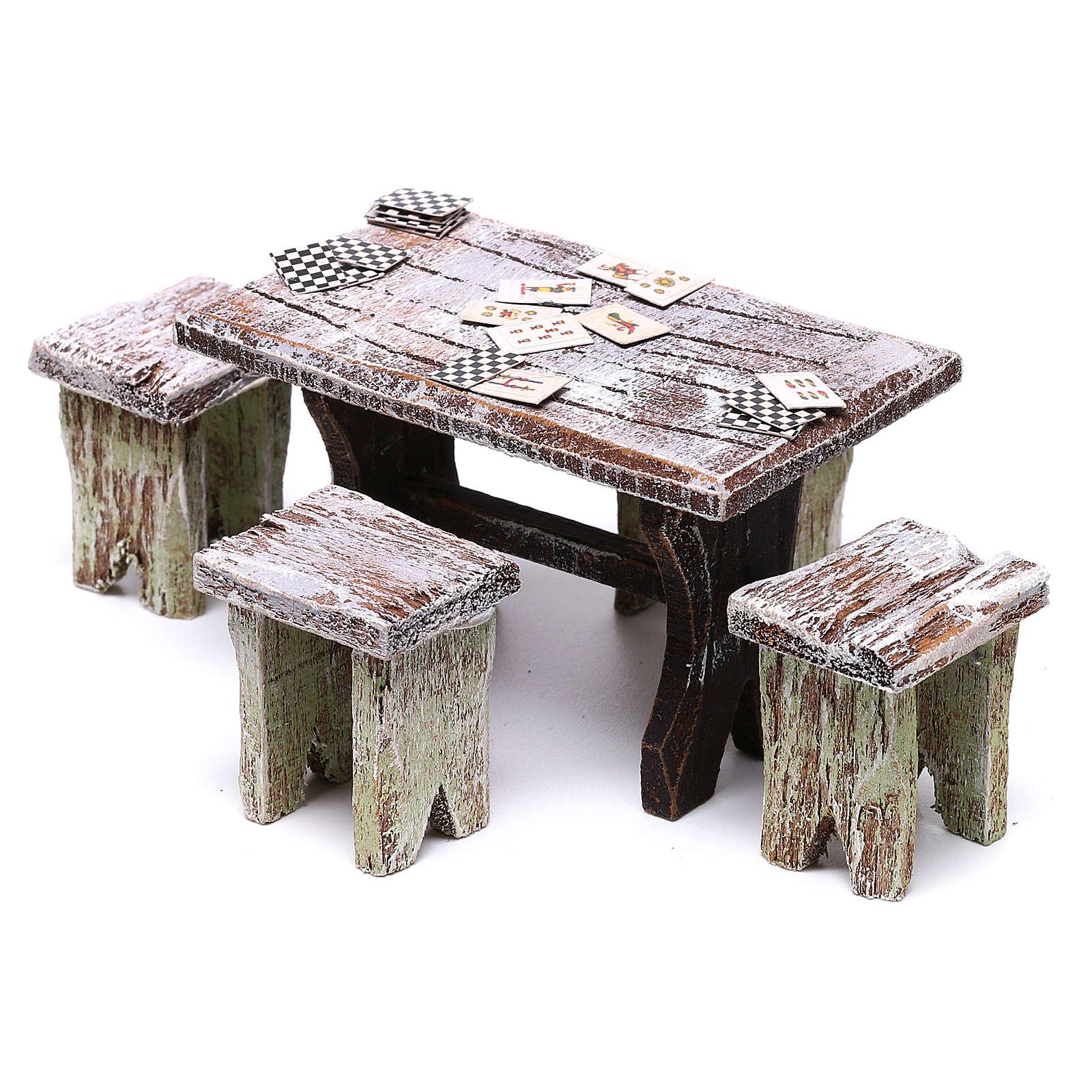 Mesa con cartas y 4 taburetes de 5x5x5 cm para belén de 10 cm 4