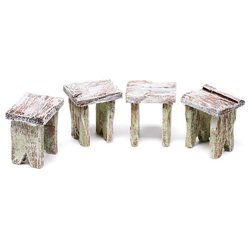 Mesa con cartas y 4 taburetes de 5x5x5 cm para belén de 10 cm 3