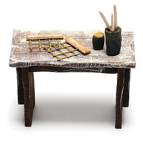 Beekeeper's table with tools for Nativity scene 12 cm s4