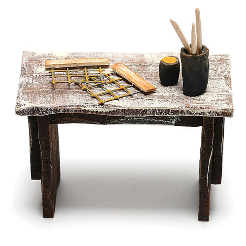 Beekeeper's table with tools for Nativity scene 12 cm 4