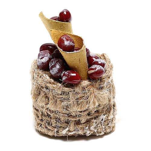 Chestnut basket with cones for Nativity scenes of 10 cm 1