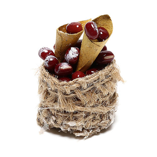 Chestnut basket with cones for Nativity scenes of 10 cm 3