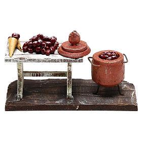 Scène casserole et table châtaignes crèche 10 cm s4