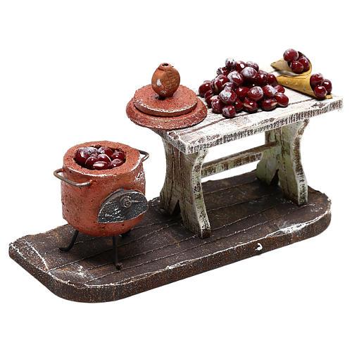 Scène casserole et table châtaignes crèche 10 cm 3
