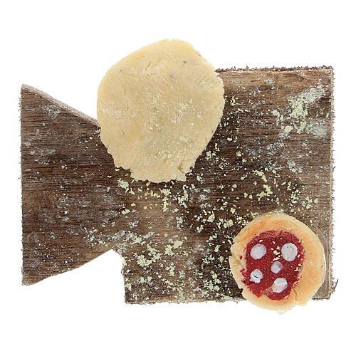 Cutting board with pizza and bread Nativity Scene 12 cm 1