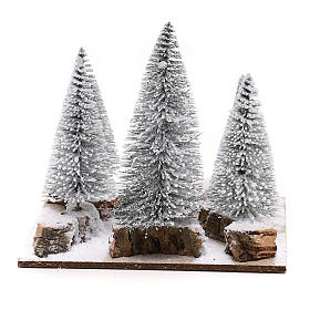 Bosque de pinos nevados para belén en estilo nórdico de 6 cm s4