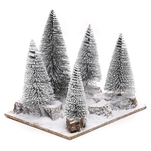 Bosque de pinos nevados para belén en estilo nórdico de 6 cm 3