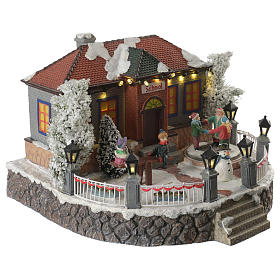 Winter village school with music and playground 25x25x15 cm s2