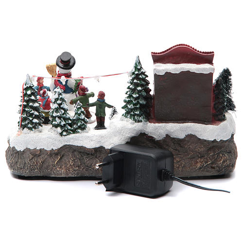 Christmas village with Ring a Ring-o' roses game and snowman  25x15x15 cm 4