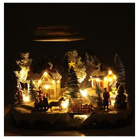 Winter village with Father Christmas's sleigh 30x25x25 cm s5