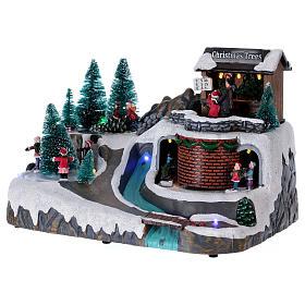 Villaggio Natale illuminato con musica e movimento 20x25x20 cm s3