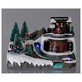 Boże Narodzenie scenka podświetlana z muzyką i poruszającymi się postaciami 20x25x20 cm s2