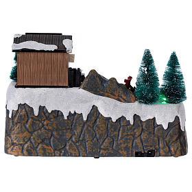 Boże Narodzenie scenka podświetlana z muzyką i poruszającymi się postaciami 20x25x20 cm s5