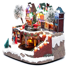 Christmas village with moving train 25x25x20 cm s2